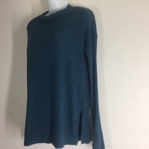 Lucky Brand Blue Teal Long Sleeve  Ribbed Top